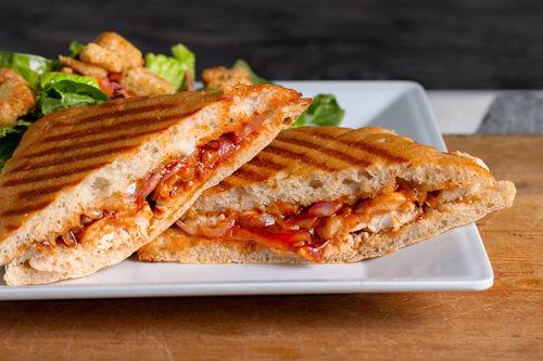 Java Bakery Cafe_BBQ chicken panini